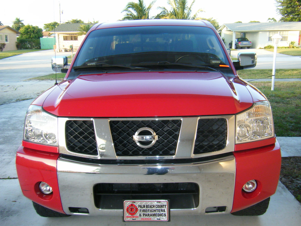 Nissan Titan red #1