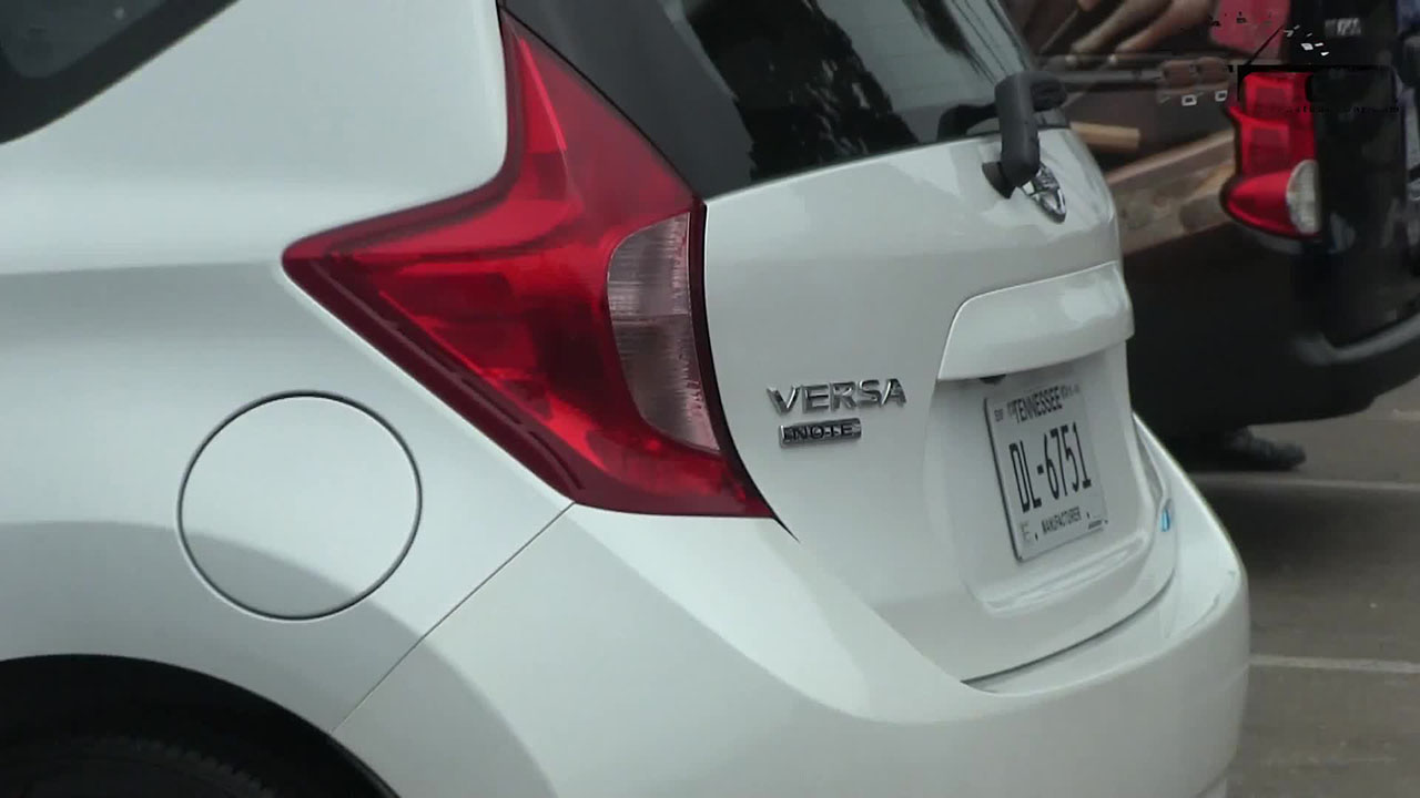 Nissan Versa Note white #1