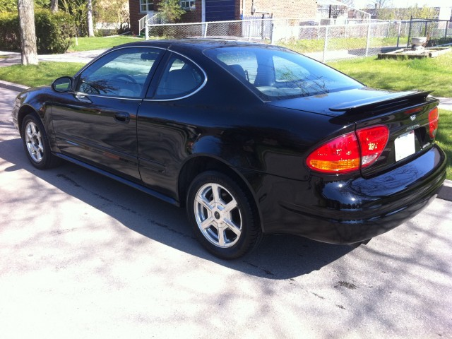 Oldsmobile Alero black #4