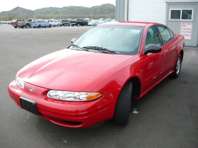 Oldsmobile Alero red #2