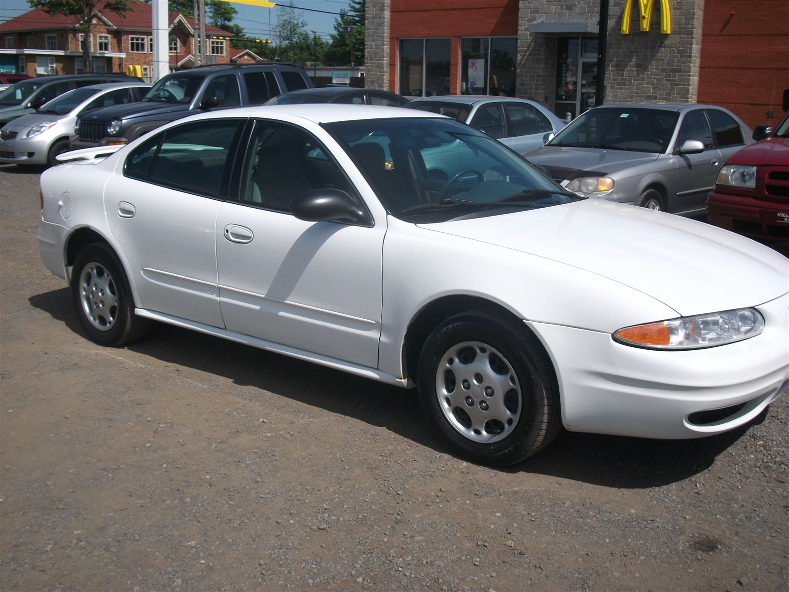Oldsmobile Alero white #2