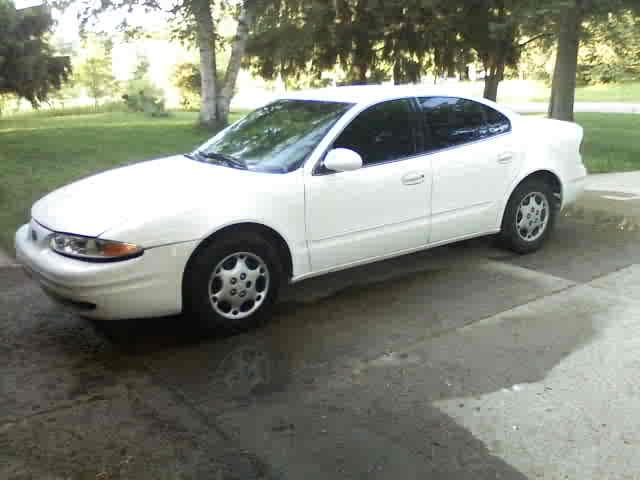 Oldsmobile Alero white #1