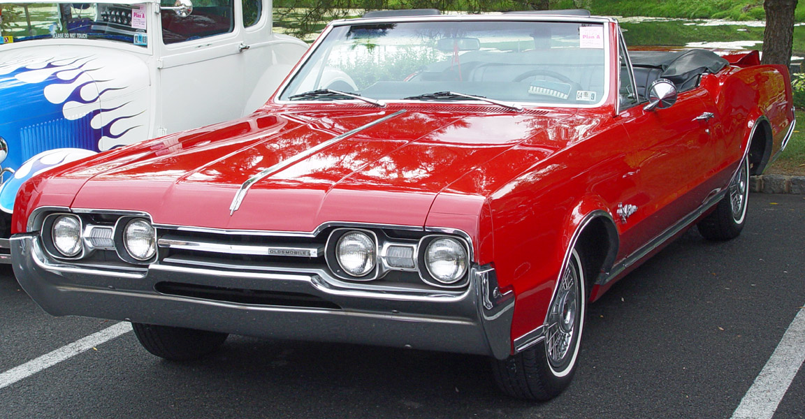 Oldsmobile Cutlass red #2