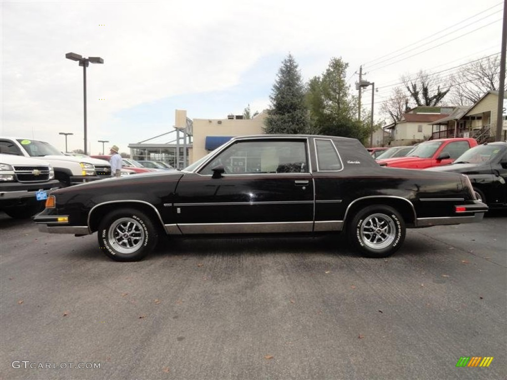 Oldsmobile Cutlass Supreme black #2
