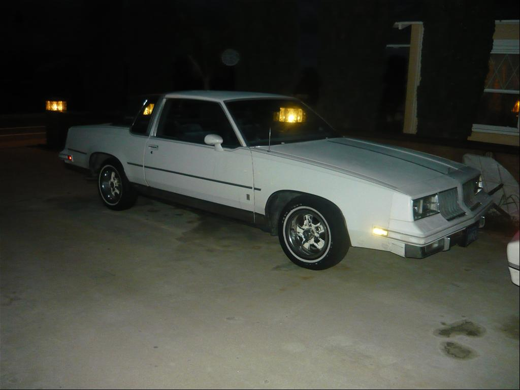Oldsmobile Cutlass Supreme white #1