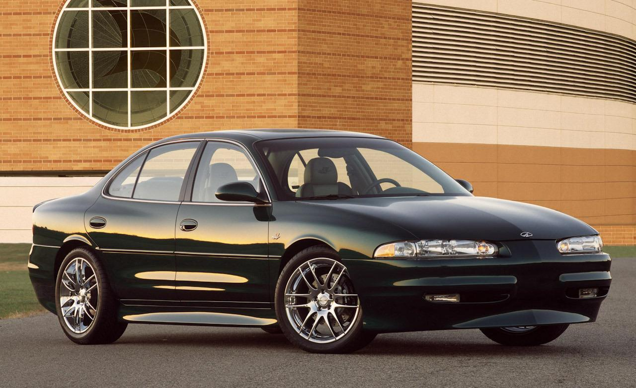 Oldsmobile Intrigue red #1