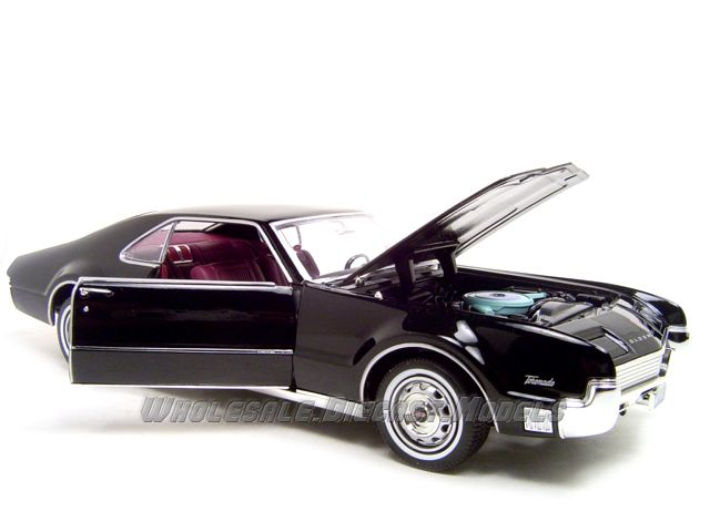 Oldsmobile Toronado black #3