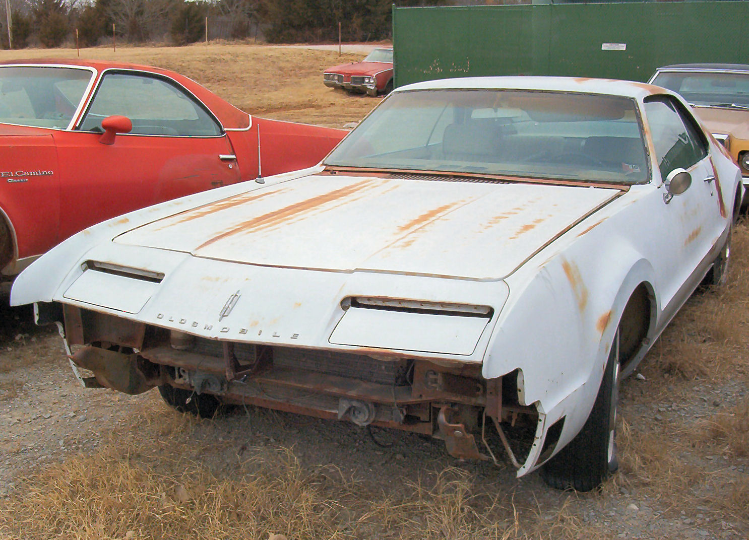 Oldsmobile Toronado white #4