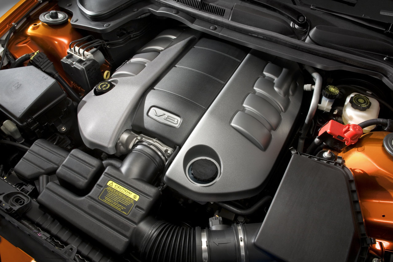 Pontiac G8 engine #2