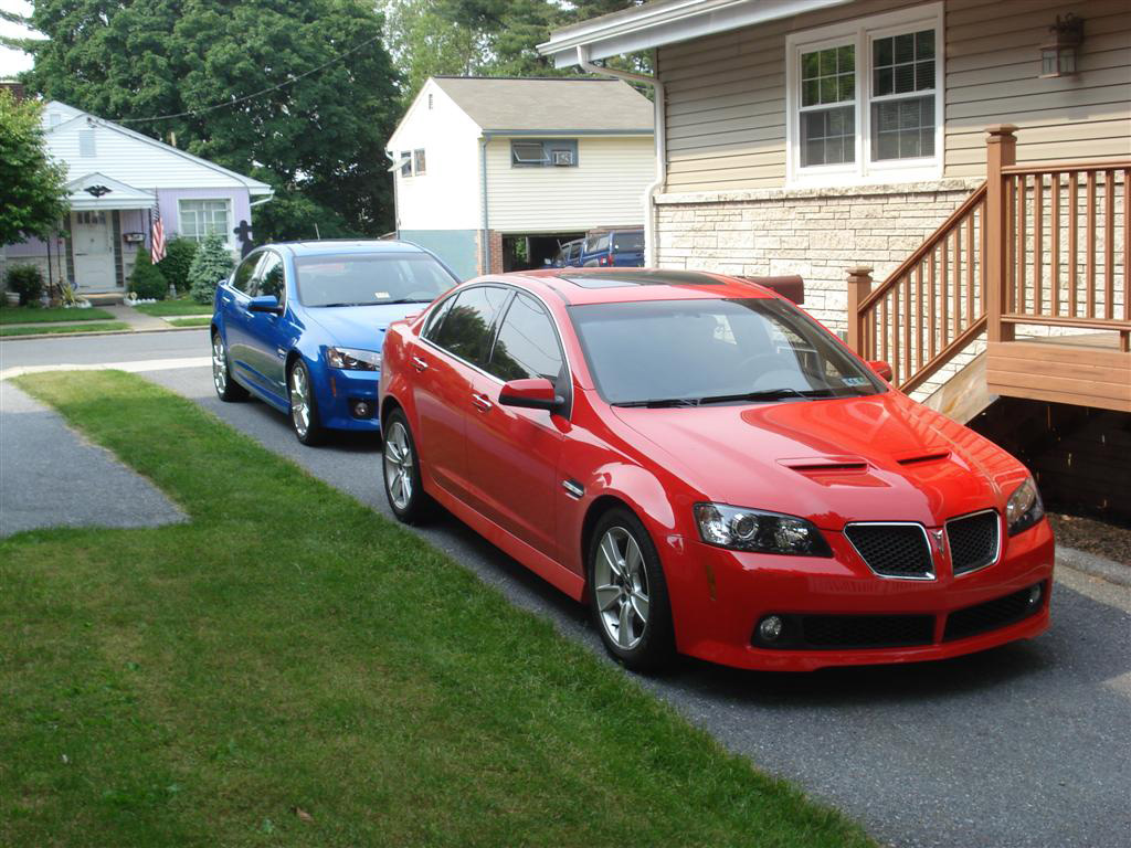 Pontiac G8 red #1