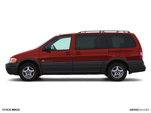 Pontiac Montana red #1