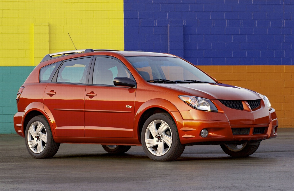 Pontiac Vibe red #3
