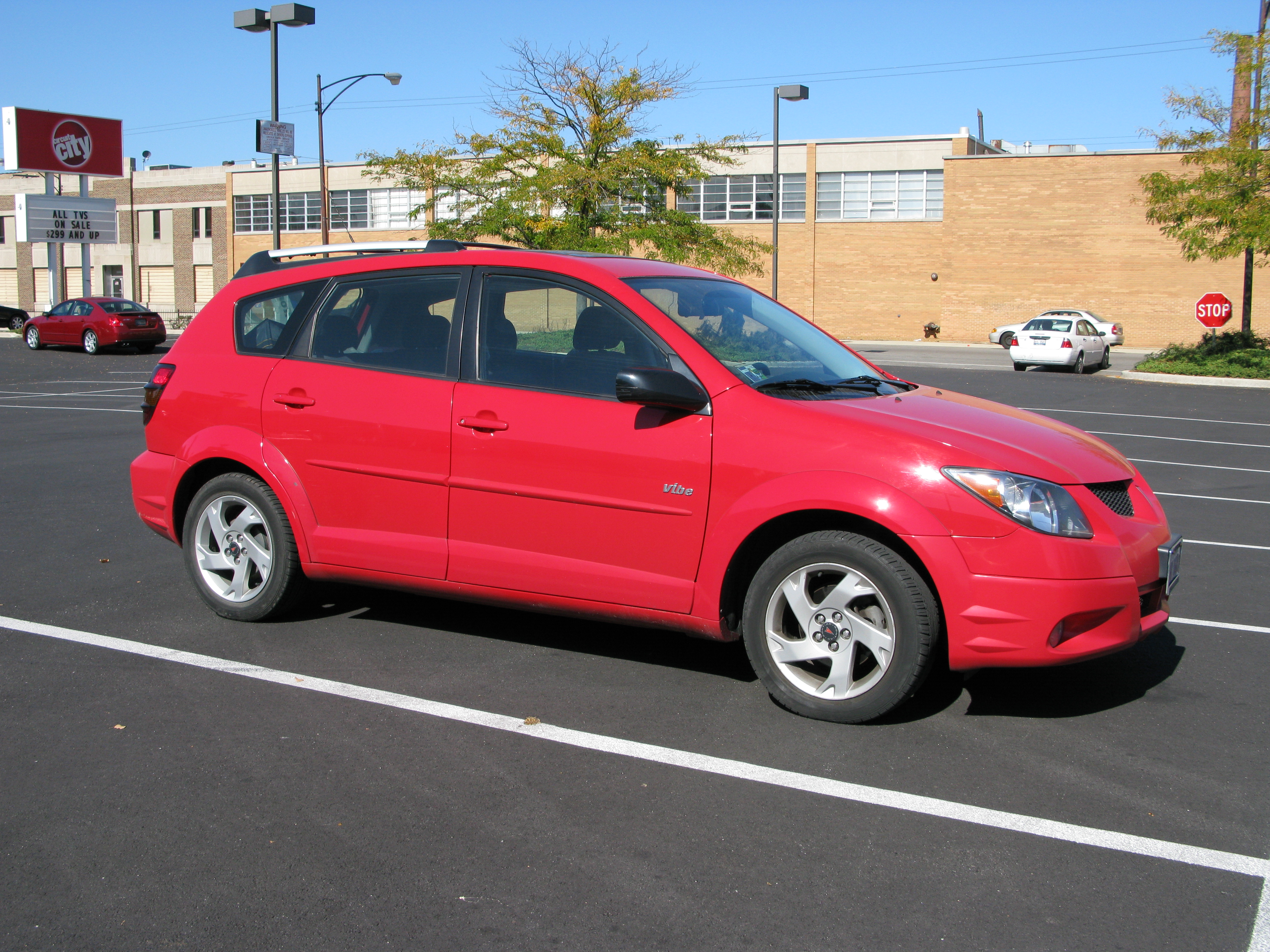 Pontiac Vibe red #4