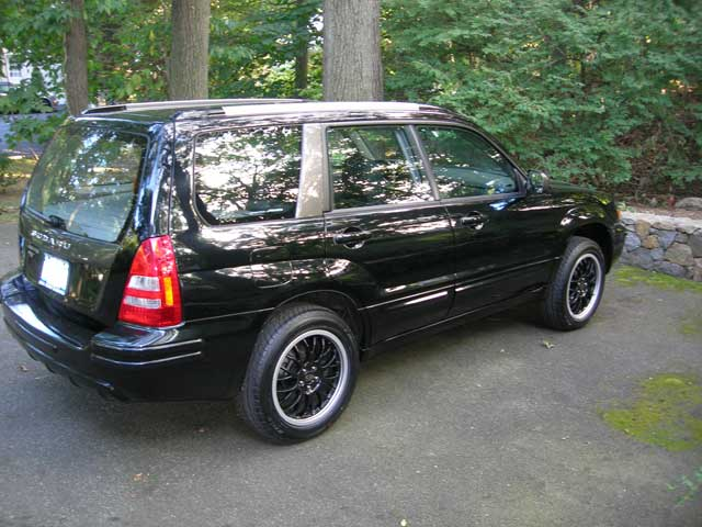 Subaru Forester black #3