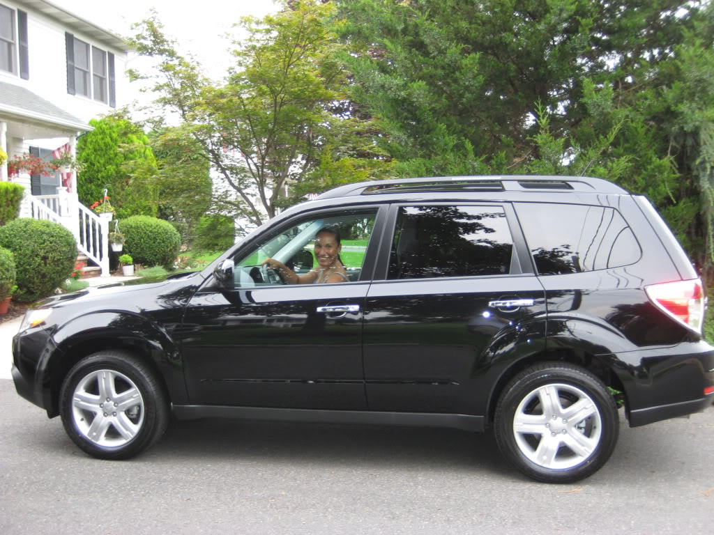 Subaru Forester black #4
