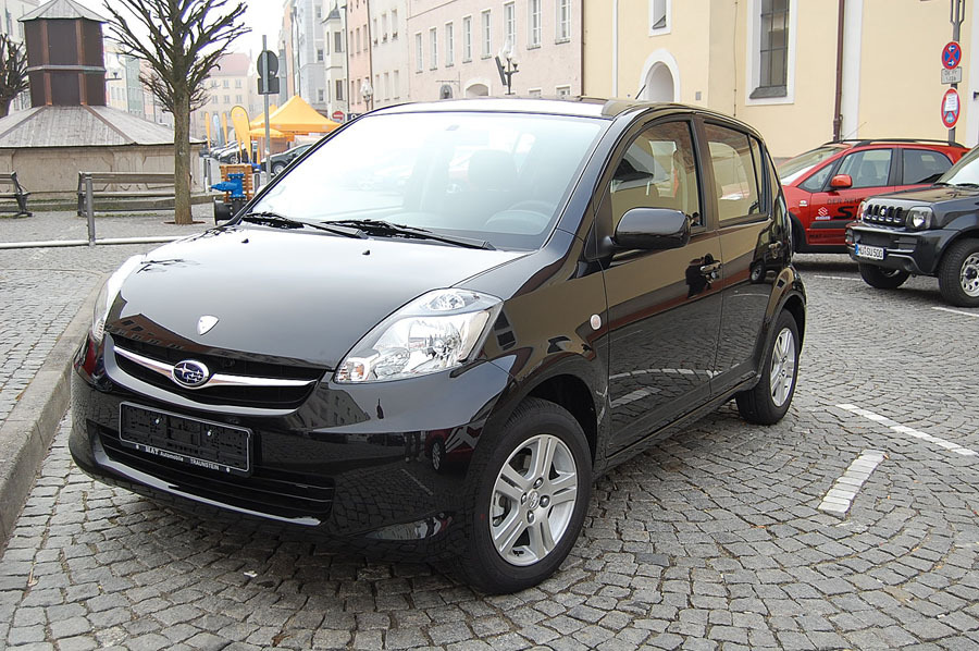 Subaru Justy black #1