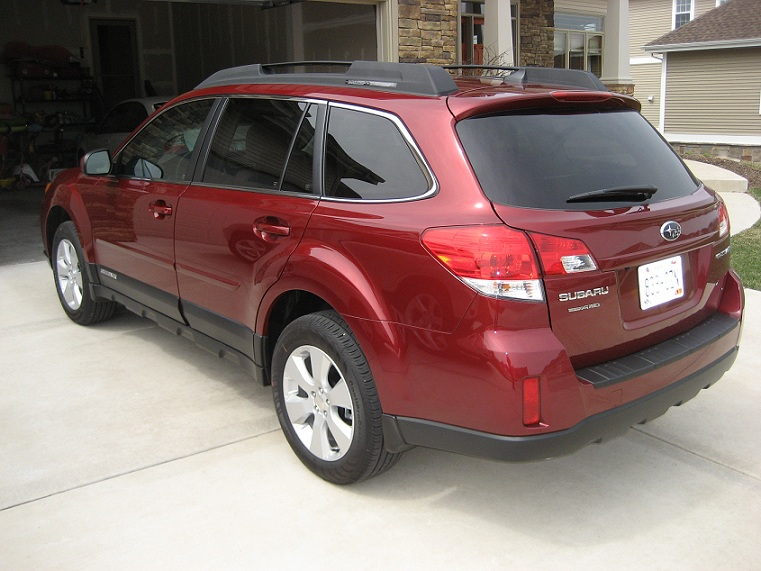 Subaru Outback red #2