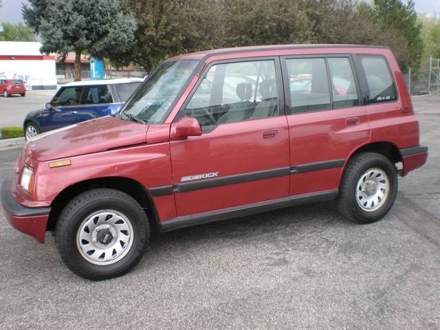 Suzuki Sidekick red #3