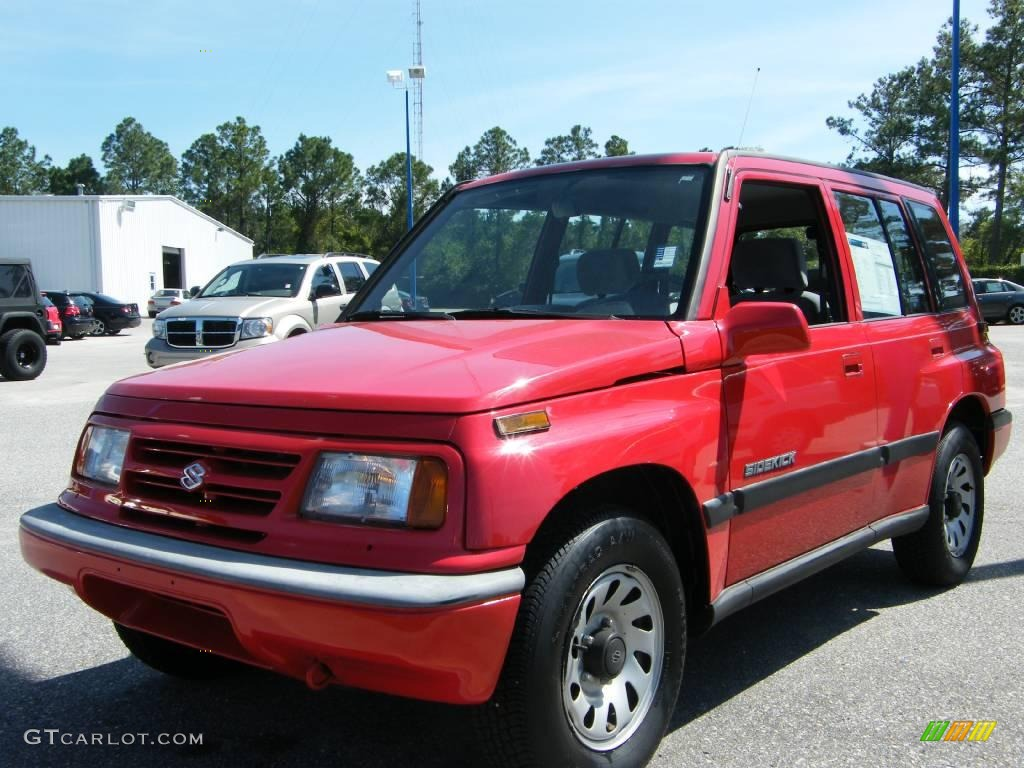 Suzuki Sidekick red #4