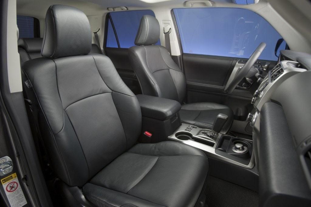 Toyota 4Runner interior #3