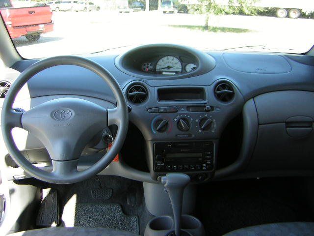 Toyota ECHO interior #3