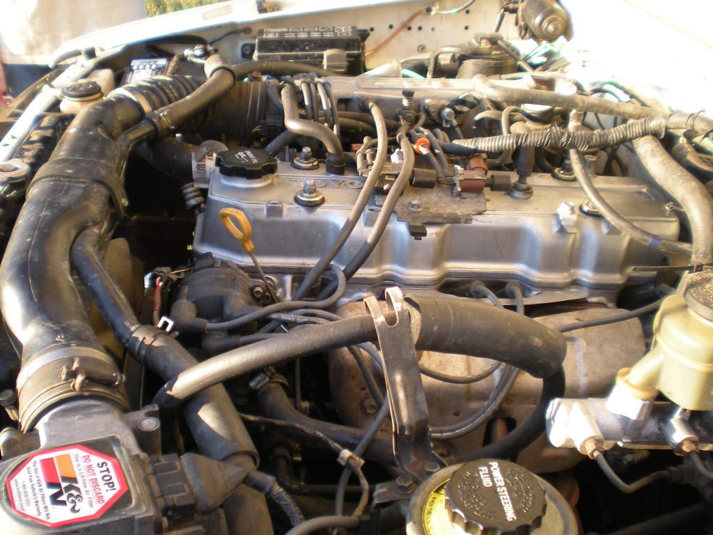 Toyota Pickup engine #1