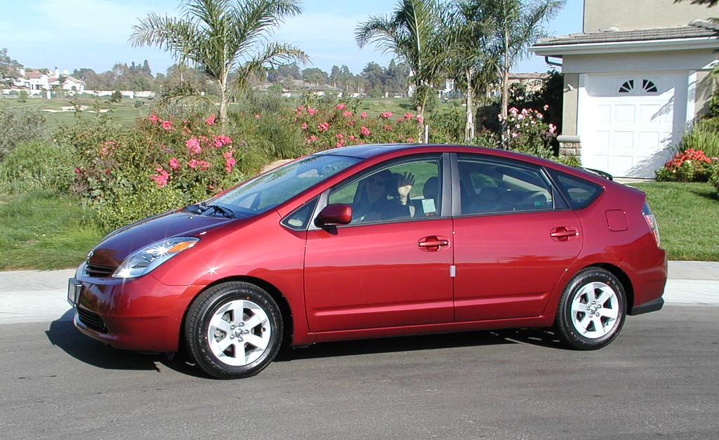 Toyota Prius red #3