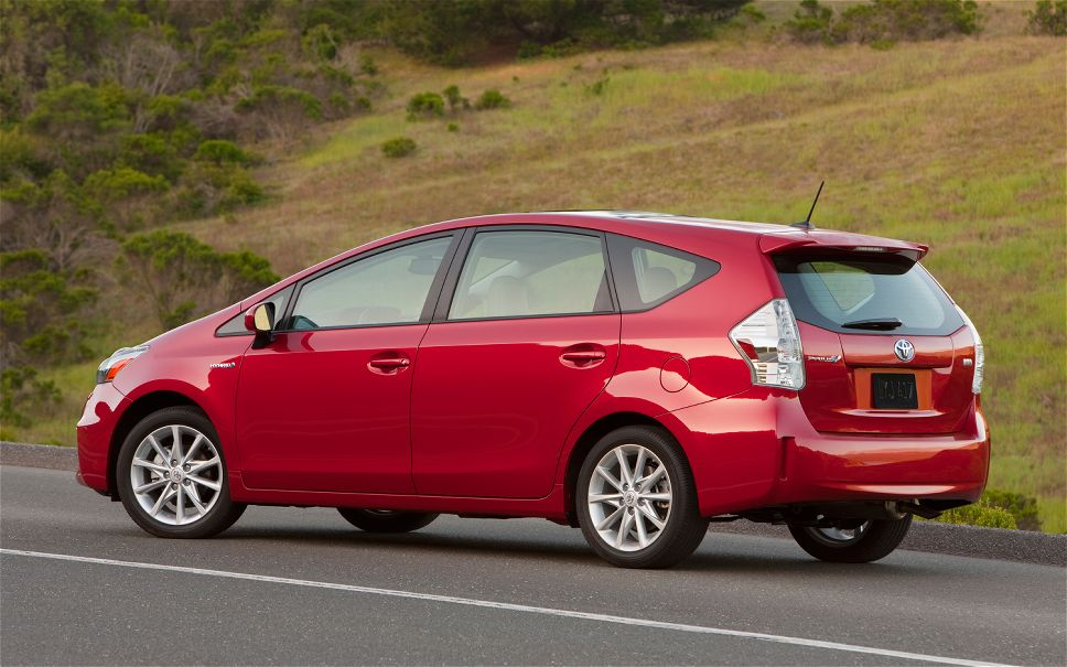 Toyota Prius red #4
