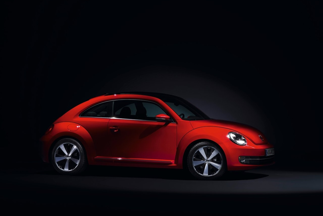 Volkswagen Beetle red #2