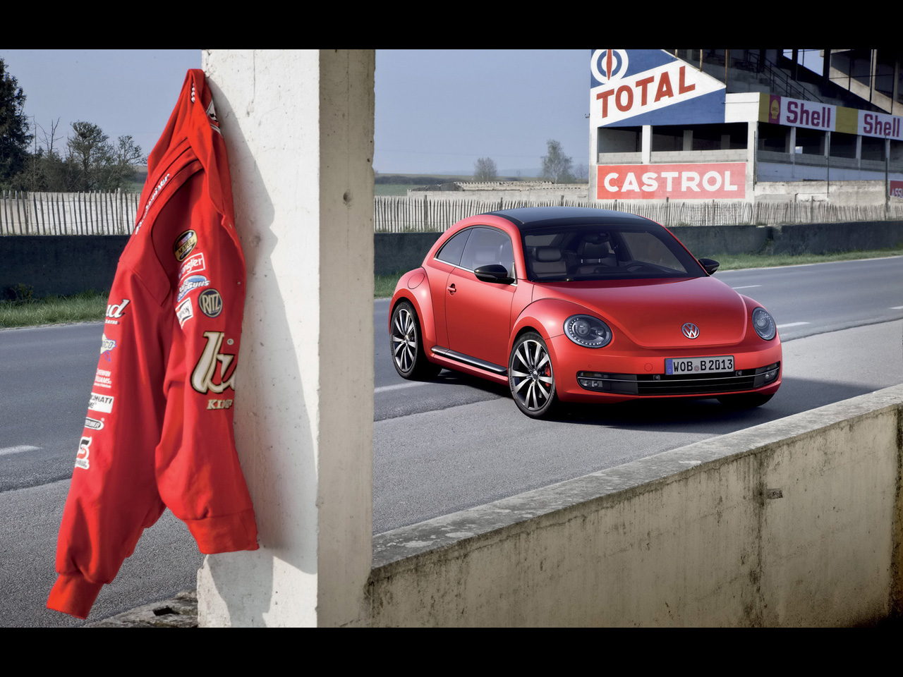 Volkswagen Beetle red #3
