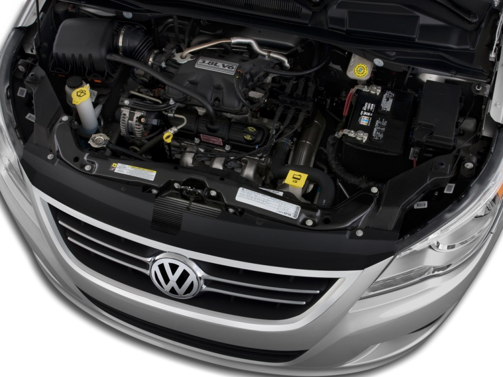Volkswagen Routan engine #1