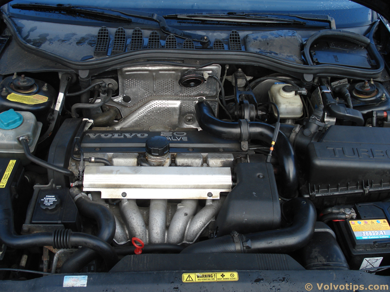 Volvo 850 engine #1