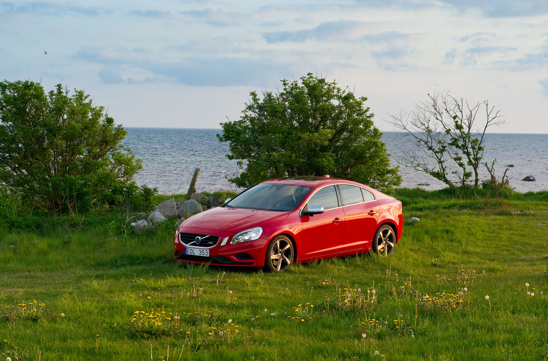 Volvo S60 red #1