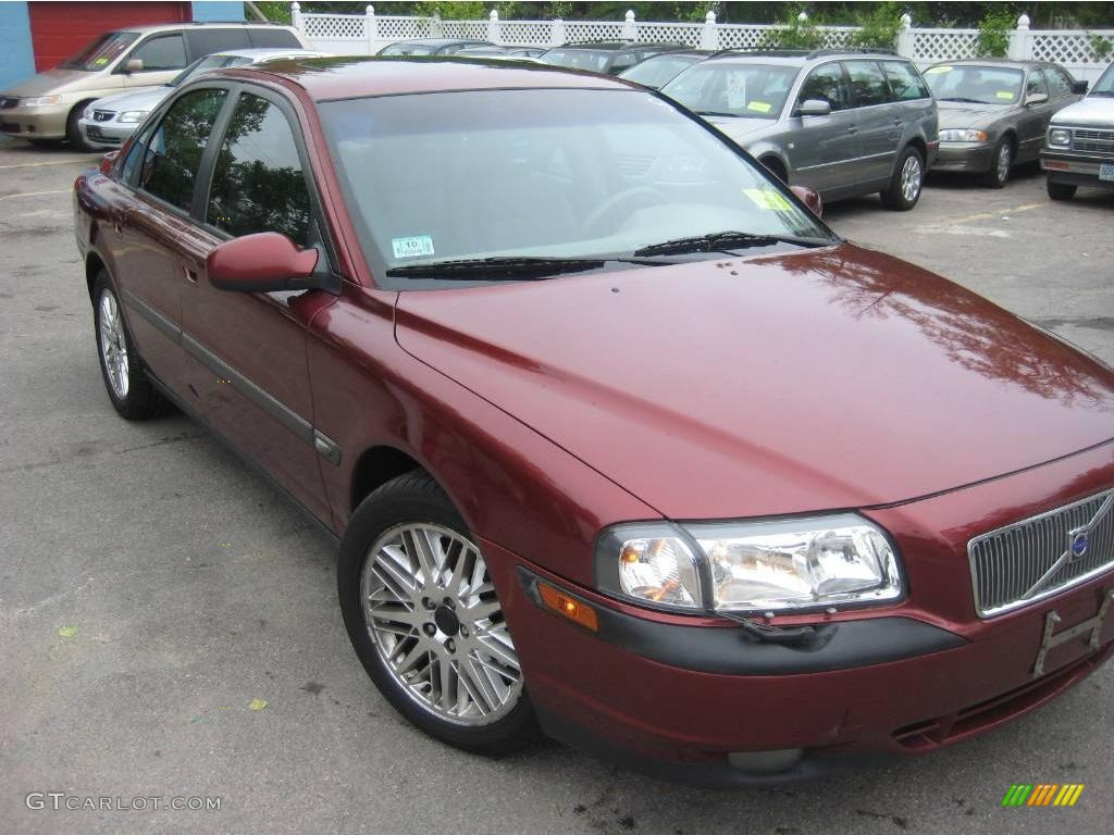 Volvo S80 red #2