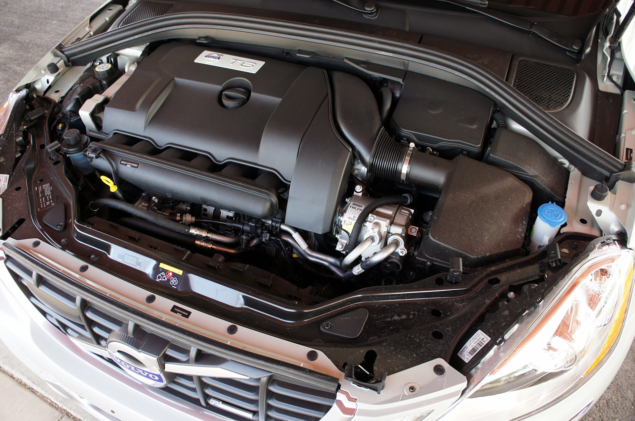 Volvo XC60 engine #2